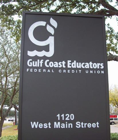 Gulf Coast Educators Credit Union - Monument Sign